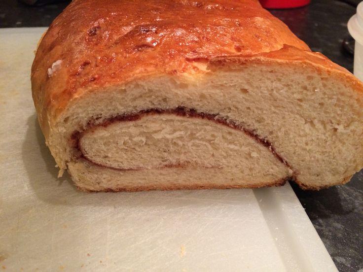 Kanel brød