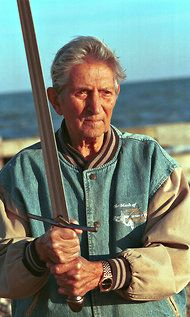 Bob Anderson, Sword-Fight Choreographer, Dies at 89 ~ NYTimes.com ~ January 2, 2012