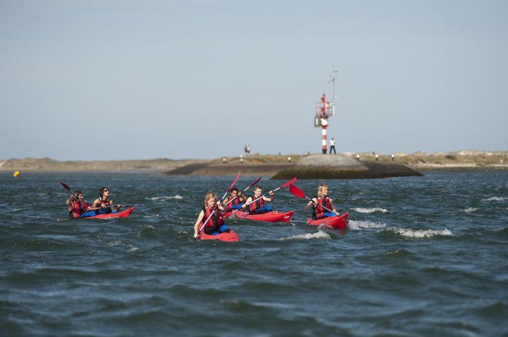 Wad kanoën een van de populairste activiteiten tijdens de Zomerspelen op Terschelling http://www.mooiweerzomerspelen.nl