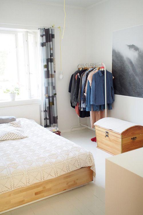 minimalist + modern Helsinki bedroom