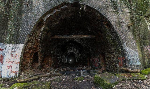 abandoned-nottingham-mapperley-tunnel