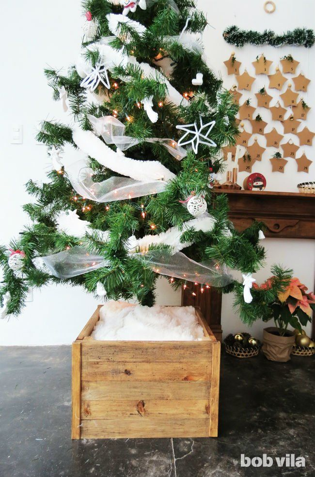 This Diy Christmas Tree Stand Makes Your Fake Fir Look Real And