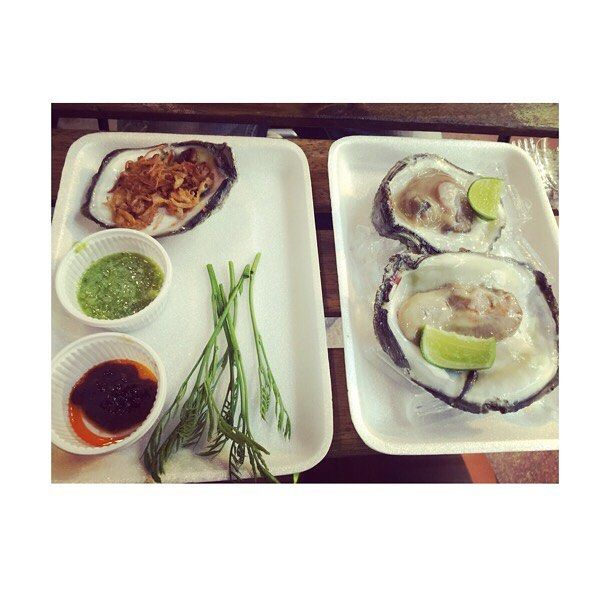 Thai style oysters..#streetfood #fun