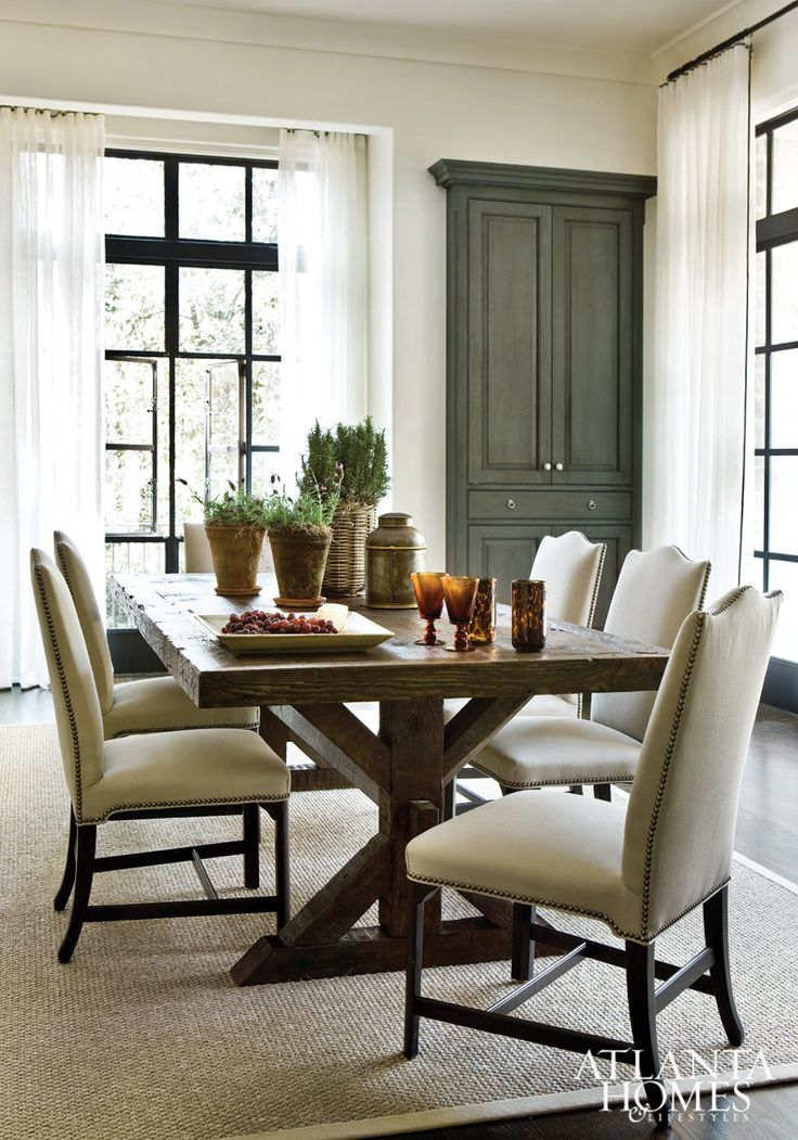 An antique farm table from The Gables Antiques imparts a rustic touch. // Atlanta, GA