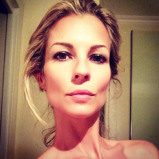 #RobertaRuiu Roberta Ruiu: Buongiorno ❤️ - #friday #weekend #beauty #goodmorning #morning #daytime #sunrise #tagsta_people #wakeup #wakingup #sleepy #breakfast #tired #sluggish #photooftheday #gettingready #goingout #makeup #face #work