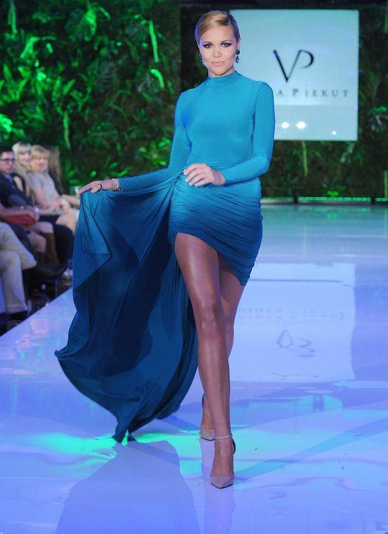 Dominika Gawęda, nogi