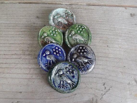 6 Ceramic Buttons Bird Buttons green and blue by BlueBirdyDesign, €14.00