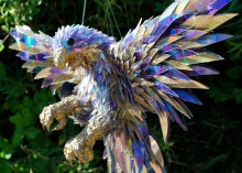 Australian artist Sean Avery takes old CDs and makes them into wild pieces of art. Crave chats with Avery to find out how he brings his animal sculptures to life. Read this blog post by Bonnie Cha on Crave. via @CNET  I really want one of these.  Another reason I need more money    http://seaneavery.com/home.html