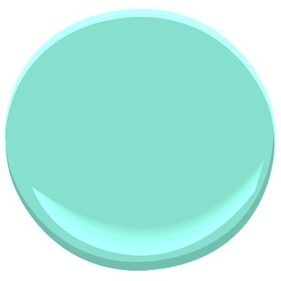 Sonia Daigle: The Famous Tiffany Blue in your decor! Benjamin Moore Tiffany Blue.