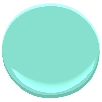 Sonia Daigle: The Famous Tiffany Blue in your decor! Benjamin Moore Tiffany Blue.