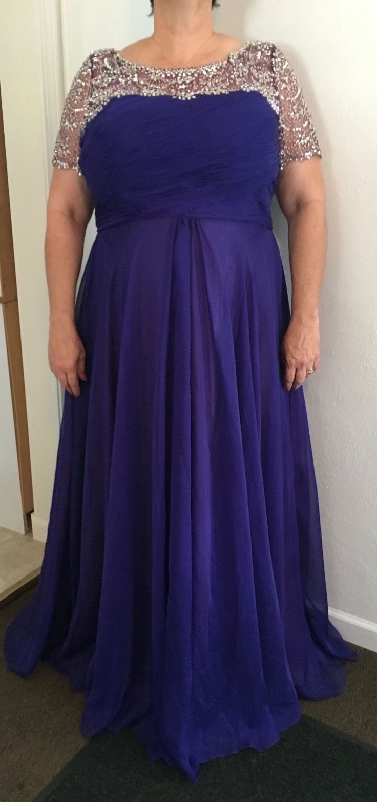 Short sleeve plus size evening gowns like this are great for the mothers of the wedding needing a fuller figured dress design.  Our firm can make affordable custom plus size evening dresses like this for you.  We can work from our designs or even make a replica of any dress you like from the internet.  Get pricing from us at www.DariusCordell.com/