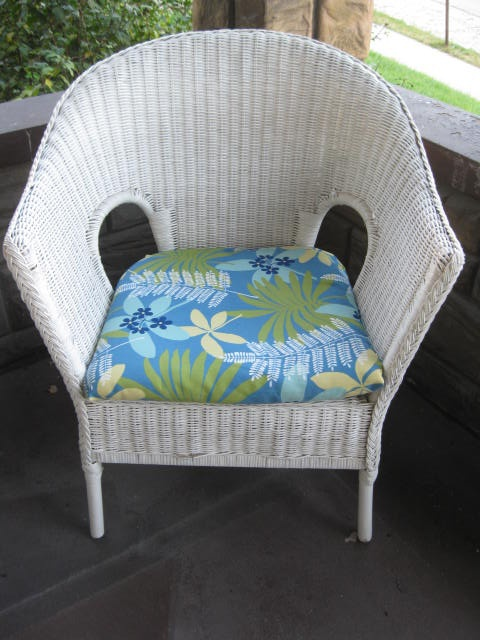 yard sale wicker chairs recovered cushions