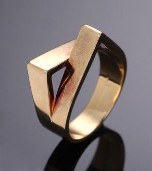 Svend Haugaard, Kolding, moderne smykkesæt af guld, 14 kt. (3) | Lauritz.com