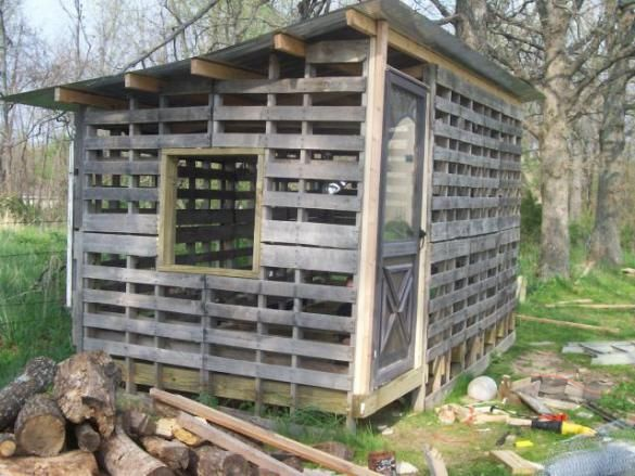 How to build a shed from pallets quickly google search for How to build a chicken coop from wooden pallets
