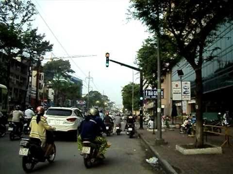 Đường phố Hồng Bàng, Chợ Lớn buổi sáng