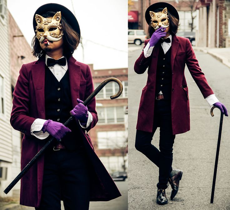 A classy Halloween costume, nice!