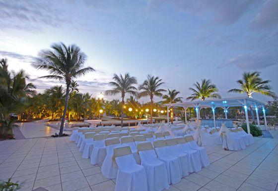 Oceanfront Destination wedding location - The Key largo Lighthouse weddings