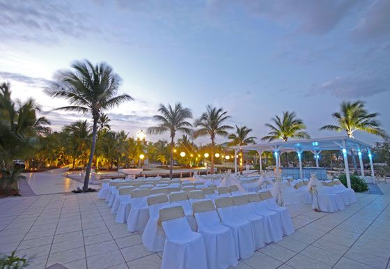 Oceanfront Destination wedding location - The Key largo Lighthouse weddings