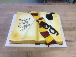 Harry Potter Baby Shower, Harry Potter Cakes, Open Book, Fun Cakes, Baby  Shower Cakes, Cake Ideas, Desserts, Cakes Baby Showers, Postres