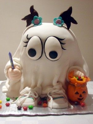 Little ghost cake - so cute! - For all your Halloween cake decorating supplies, please visit http://www.craftcompany.co.uk/occasions/halloween.html