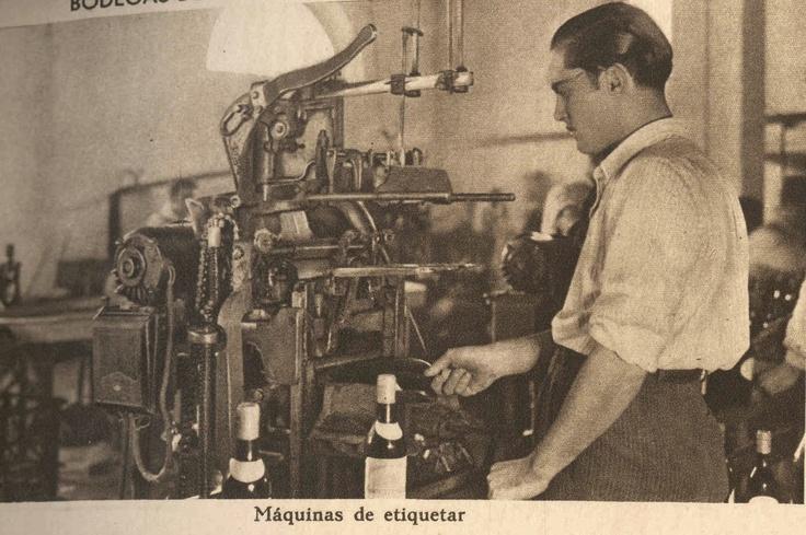 Máquina de etiquetar. / Labeling Machine.