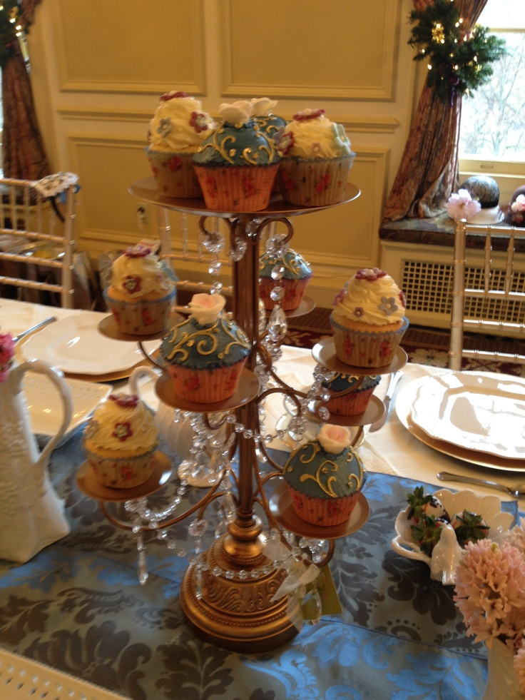 29 best images about tea party on pinterest chocolate for Edwardian table setting
