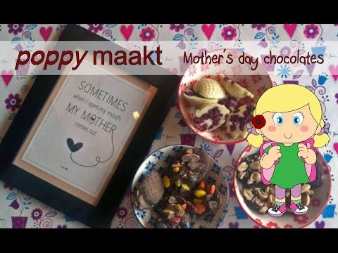 Poppy makes… Mother's day chocolates. In this video tutorial I will explain how you can make these Mother's day chocolates. They are very easy to make and super yummy. Poppy maakt… Moederdag chocolaatjes. In deze instructie video zal ik je uitleggen hoe je Moederdag chocolaatjes kunt maken. Ze zijn heel makkelijk om te maken en ze zijn ook nog eens super lekker.