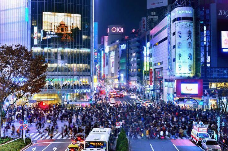 Explore the streets of Shibuya on this 3-hour food tour. Try: kobe beef skewers, osaka takoyaki, hiroshima okonomiyaki, sushi, taiyaki (Japanese dessert) and more. Then, end your journey with a tour of the underground food market, Shibuya Depachika.
