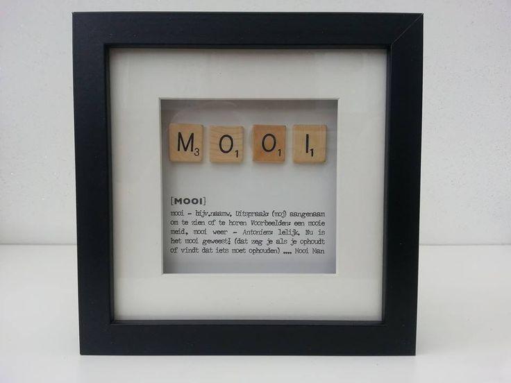 Houten lijstje driedimensionaal waarin tekst en houten letters zijn verwerkt.   Tip: combineer met meerdere versies!   Afm. 18 x 18 x 3 cm in zwart € 8,00.  www.facebook.com/stoeruhzaken.nl
