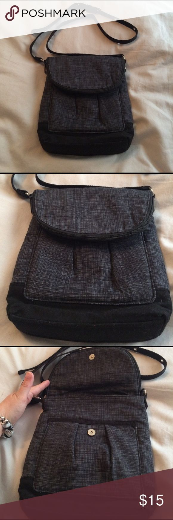 Thirty-one organista crossbody handbag blk/gry Being offered is a new condition thirty-one organists crossbody adjustable strap handbag with a black and grey base. Smoke free home I do bundle and take reasonable offers. Other 31 items listed thirty-one  Bags Crossbody Bags