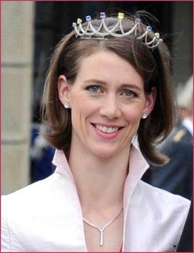 Bettina Bernadotte of Wisborg, daughter of Count Lennart, wearing a multi-jewelled tiara to the wedding of Princess Madeleine.