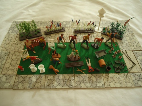 Britains floral gardens toy people & furniture o gauge ...