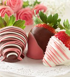 valentines strawberries ;) shhhhh don't tell hubby I think Im going to make these for him!