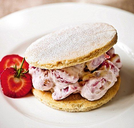 Gordon Ramsay's recipes: Strawberry shortbread stacks