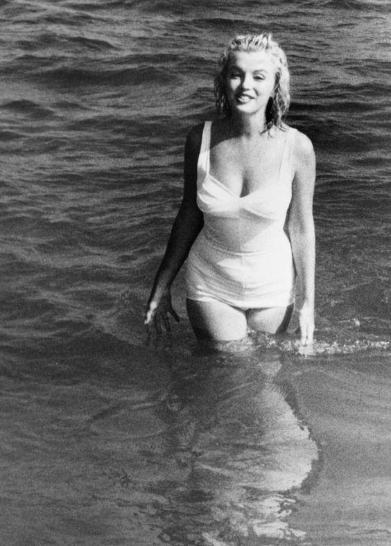 Marilyn Monroe star