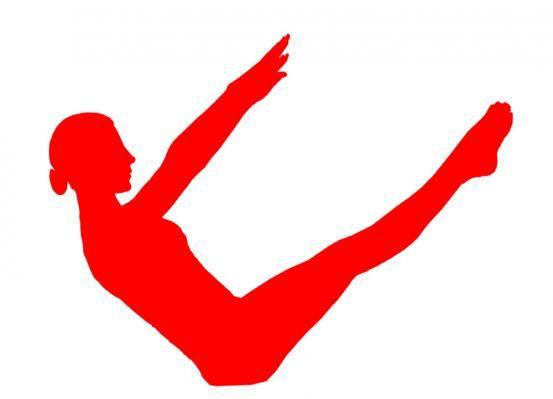 Ga zitten, hel je rug naar achteren. Niets forceren! Strek je armen langzaam voor je uit. Probeer nu je benen evenwijdig met je armen te krijgen. Beetje op en neer bewegen. Laat benen langzaam zakken en ontspan. Herhaal 5 x. Lukt het niet om je benen van eerste keer naar boven te brengen. Doe dat dan in etappes. Buig je benen, zet eerst voeten op de grond. Beweeg ze nu tot ze een rechte lijn vormen met de knieà«n. Probeeer nu je benen te strekken.