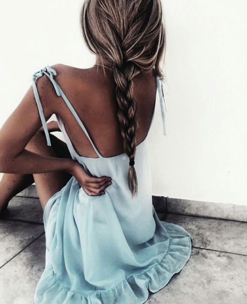Ice blue dress, blonde hair and tanned skin , perfect combo