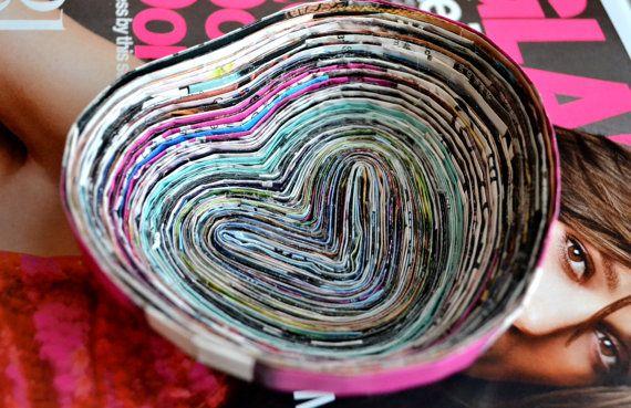 Corazón colorido en forma de tazón de fuente por TheLavenderShoppe