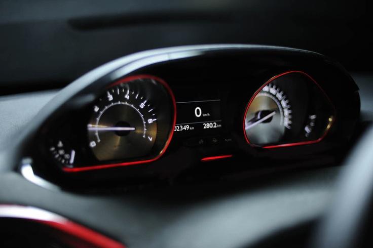 Combiné Peugeot 208 GTi Concept