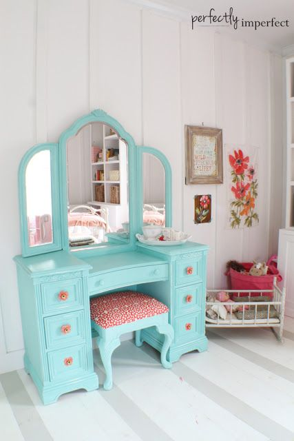 Little girl vanity with turquoise paint; coral colored fabric for bench. 6th Street Design School | Kirsten Krason Interiors : Feature Friday: Perfectly Imperfect