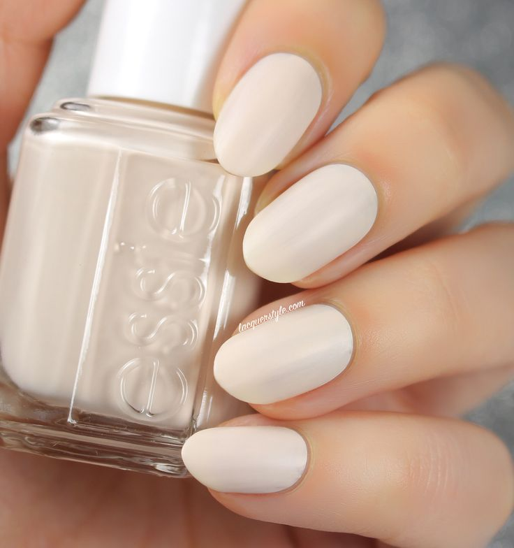 @essiepolish Wrap Me Up (2015 Cashmere Matte Collection) | Lacquerstyle.com | kgrdnr