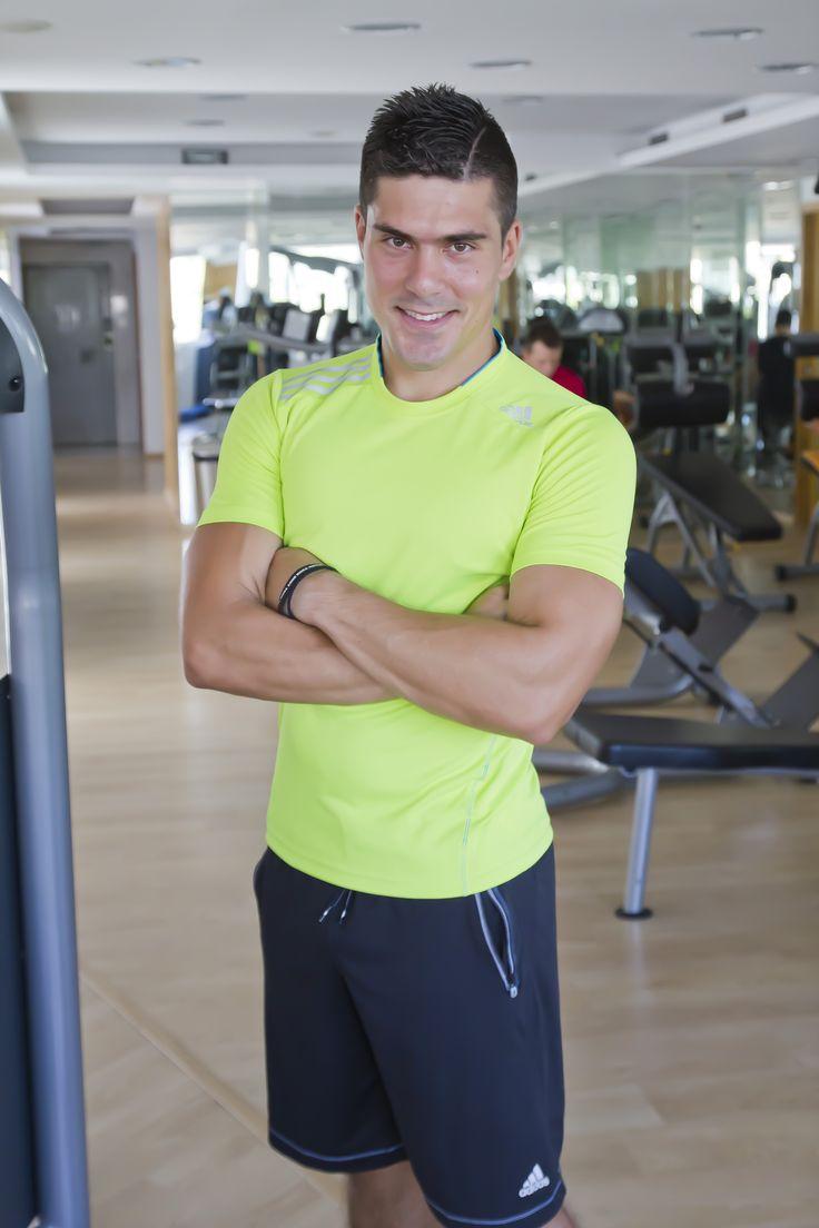 Η γυμναστική και η σωστή διατροφή είναι τα όπλα για μια ζωή όμορφη γεμάτη υγεία μην το ξεχνάς... Από τον Certified Personal Trainer Γιάννη Στρατάκη.