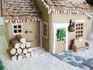SAWEET Gingerbread House!