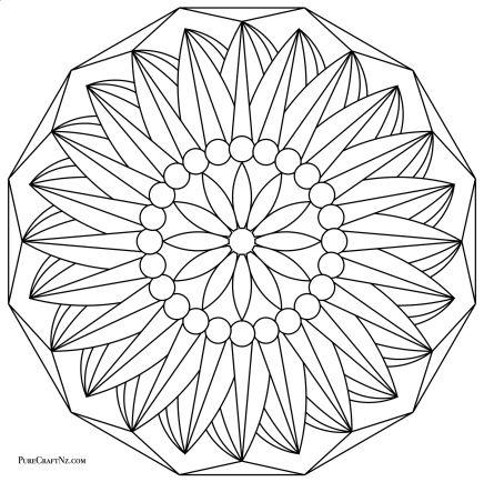 Flower Twist - Geometric Variation
