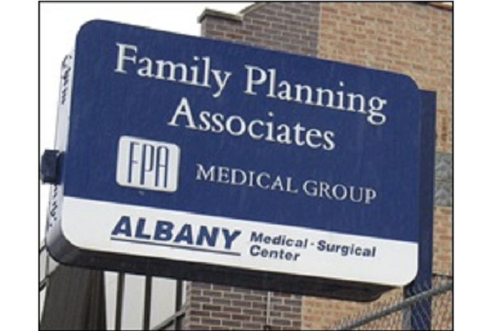 The Pro-Life Action League has just obtained documents revealing that the Illinois Department of Public Health has fined a notorious Chicago abortion clinic $50,000 and revoked its license to operate as an ambulatory surgical treatment facility (ASTC).ADVERTISEMENT ADVERTISEMENT The Albany late-term abortion clinic, a part of the Family Planning Associates (FPA) abortion chain, has had […]