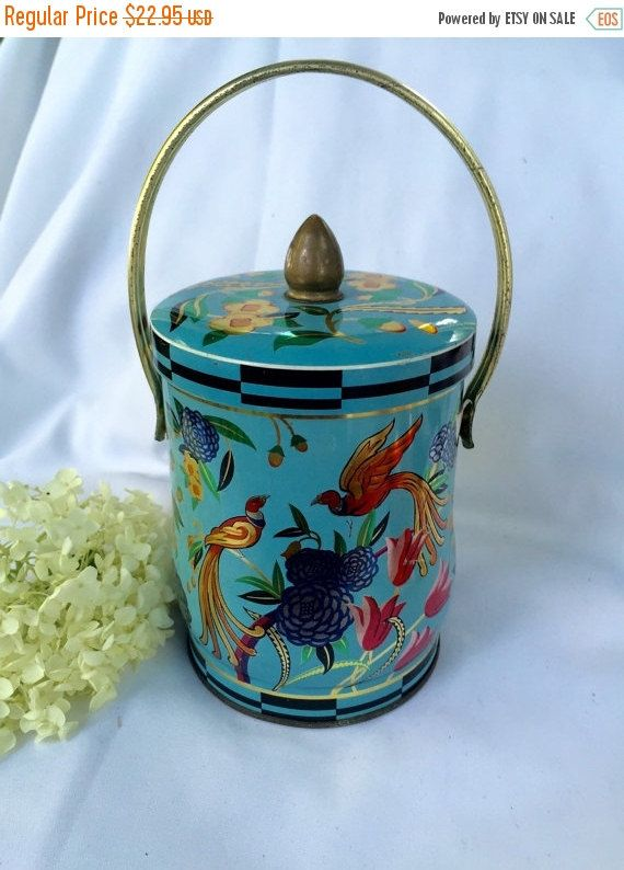 "VINTAGE Bird Tin Blue ""Birds of Paradise""!designed confection tin a Murray Allen Import made in England by StudioVintage on Etsy"