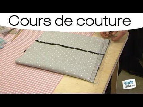 """Comment coudre une housse de coussin en forme portefeuille ? Pour réussir cet ouvrage, regardez bien cette vidéo. Rebecca Gillot, créatrice au sein de """"Une f..."""