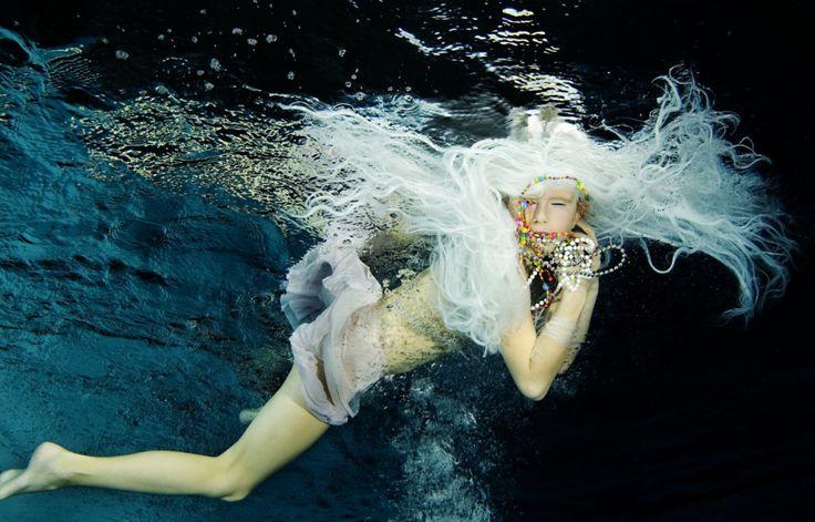 Little Mermaid  #underwaterphoto # underwater #photo # photography #whitehair #swimming #girl (c) Alice Bochnakova