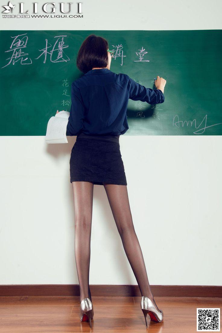[Ligui丽柜] AMY - 教室里的黑丝女教师_第5页/第2张图