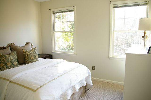 Vintage Linen By Behr It S A Really Great Neutral Paint Wallpaper Pinterest Room Colors And Living